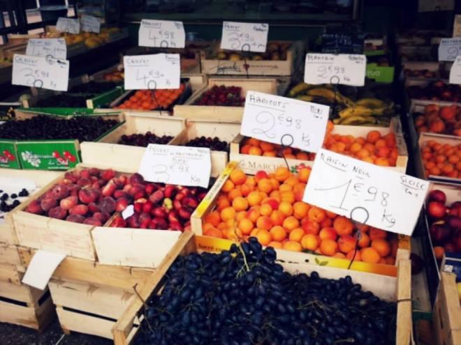市集的杏桃