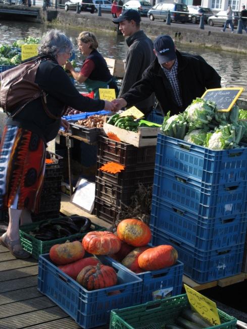 法國農事-白花椰菜&蔬菜節在河川市集La fête du chou-fleur et du légume
