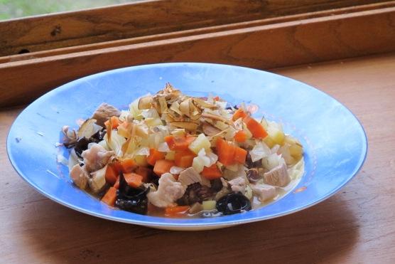 拉奇Lucky這樣吃健康不生病-鮮食-雜蔬燴味增柴魚泡飯