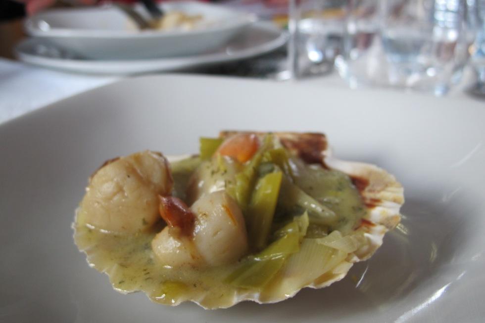 法國人餐桌記錄- 2015年第ㄧ天我家的餐桌 A table-大蔥白奶油干貝