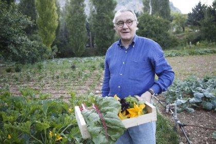 Chef Alain Ducasse 圖片來自Alain Ducasse Nature法國廚神的自然風家庭料理ㄧ書