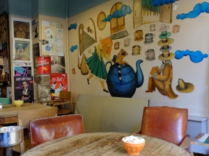 巴黎美食旅遊-巴黎低於10歐的美食甜點二 家常甜點的咖啡店Le Loir dans la Theiere