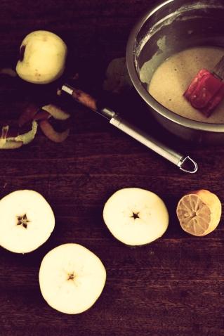 炸蘋果甜甜圈