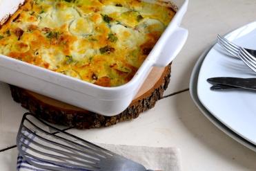 大蔥,火腿,蕎麥麵粉Mozzarella克拉弗提