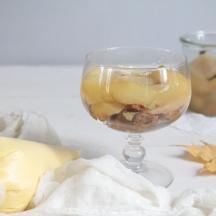 Trifle甜白酒乳脂鬆糕
