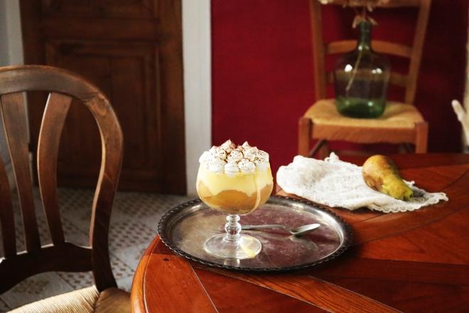trifle甜白酒梨乳脂鬆糕
