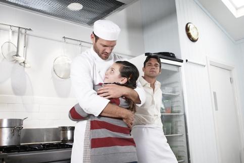 loves-kitchen2