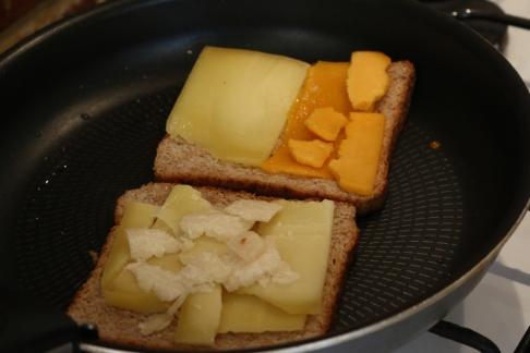 Chef熱量極高邪惡乳酪吐司三明治