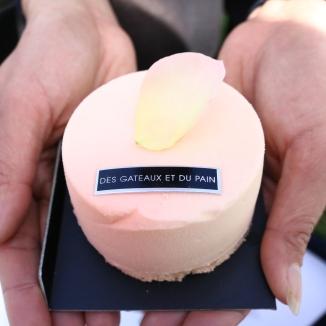 玫瑰葡萄柚/以米蘑粉做成口感細緻蛋蛋五月玫瑰花香蛋糕