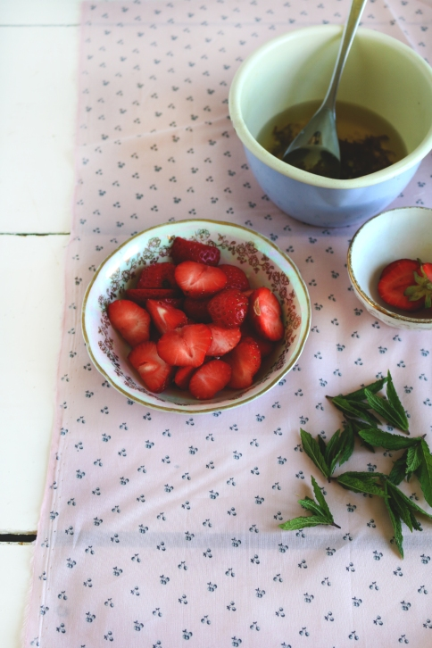 Soupe fraiche de fraises vin epices ginbembre