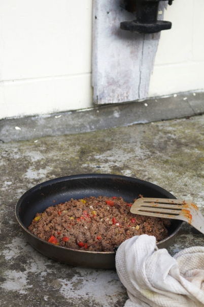 焗烤牛肉末馬鈴薯片GRATIN DE POMME DE TERRE À LA VIANDE HACHÈE