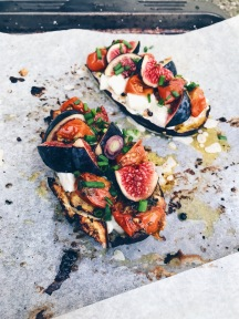 茄子烤Mozzarella,無花果,油漬櫻桃番茄 AUBERGINES GRILLÉES AUX FIGUES,TOMATES ET MOZZARELLA