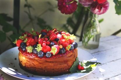 紅莓果白乳酪蛋糕 GÂTEAU AU FROMAGE BLANC AUX FRUITS ROUGES-1