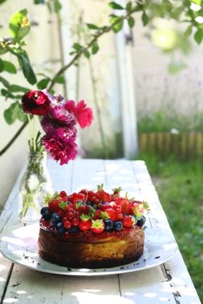 紅莓果白乳酪蛋糕 GÂTEAU AU FROMAGE BLANC AUX FRUITS ROUGES